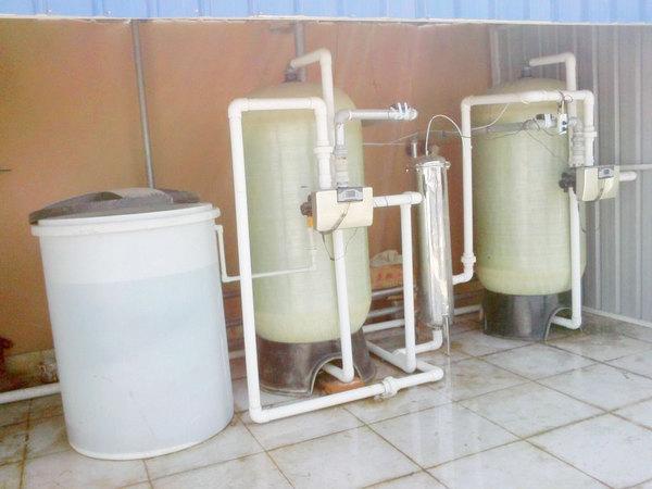 軟化器及水箱.jpg